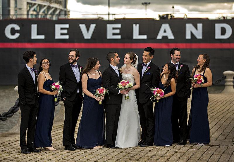 JM_voinovich_park_cleveland_wedding01