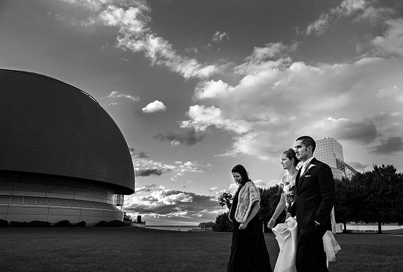 zMJ_great_lakes_science_center_wedding_01