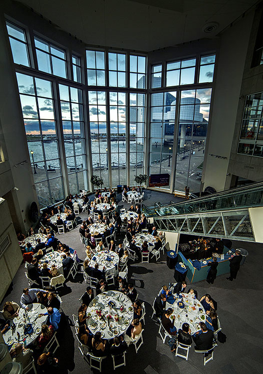 zMJ_great_lakes_science_center_wedding_02