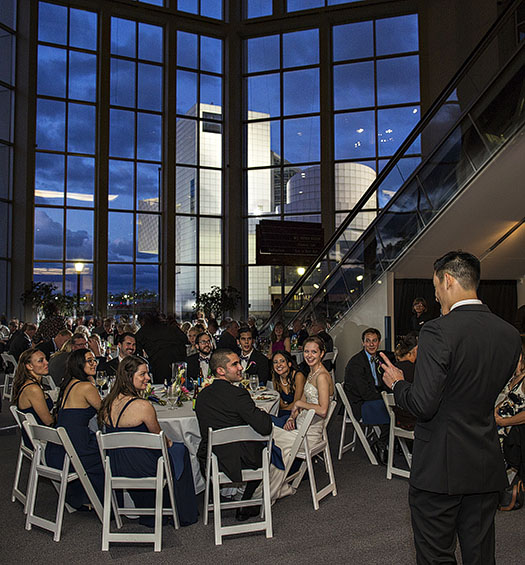 zMJ_great_lakes_science_center_wedding_03
