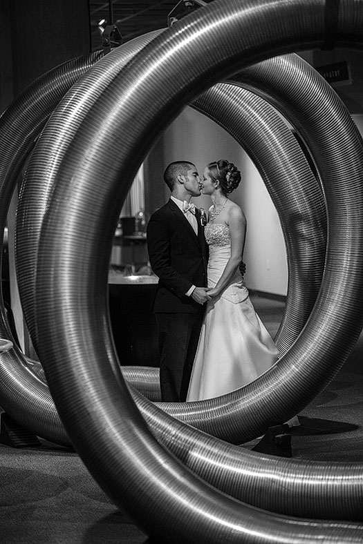zMJ_great_lakes_science_center_wedding_10