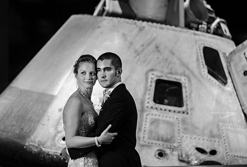 zMJ_great_lakes_science_center_wedding_17