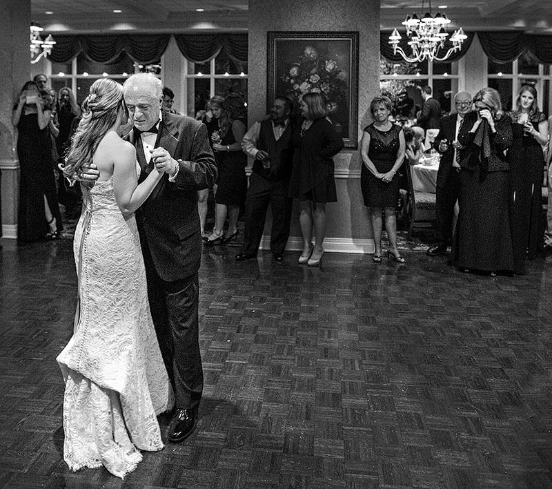 fCB_fairlawn_country_club_wedding_16
