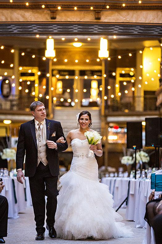 HJ-cleveland-hyatt-arcade-wedding-26