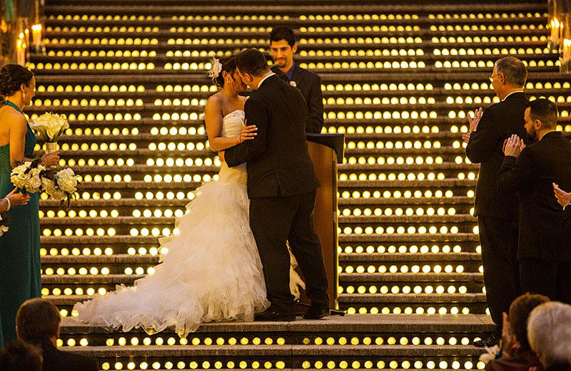 HJ-cleveland-hyatt-arcade-wedding-28