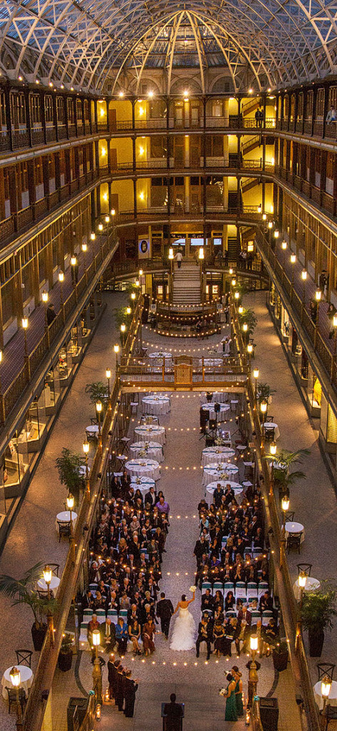 HJ-cleveland-hyatt-arcade-wedding-28c