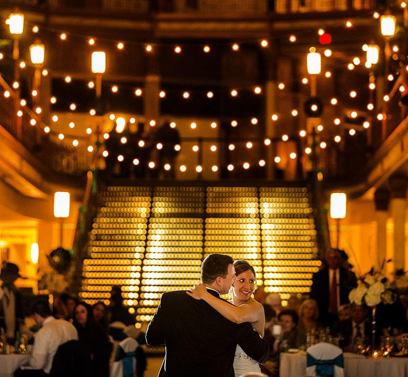 HJ-cleveland-hyatt-arcade-wedding-33