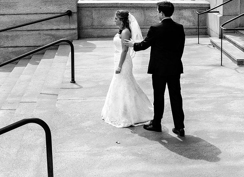 AE-cuyahoga-county-courthouse-wedding-02