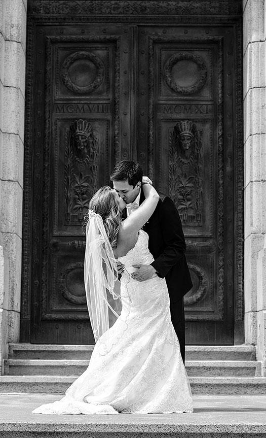 AE-cuyahoga-county-courthouse-wedding-04