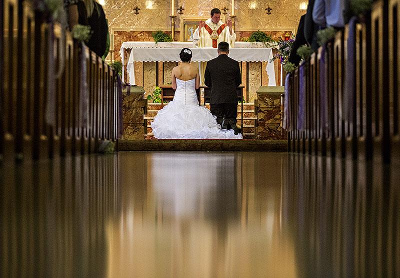 KT-St.-Angela-Merici-Wedding-13