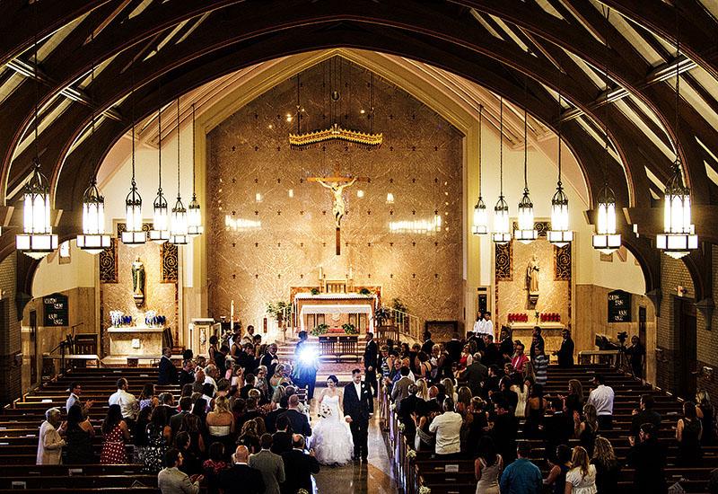 KT-St.-Angela-Merici-Wedding-14