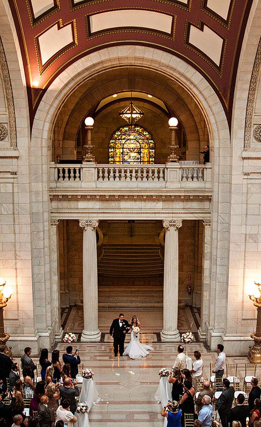 AM-Cleveland-Courthouse-Wedding-10