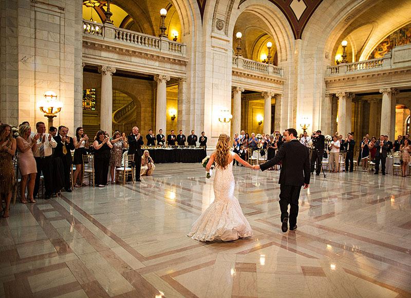 AM-Cleveland-Courthouse-Wedding-24