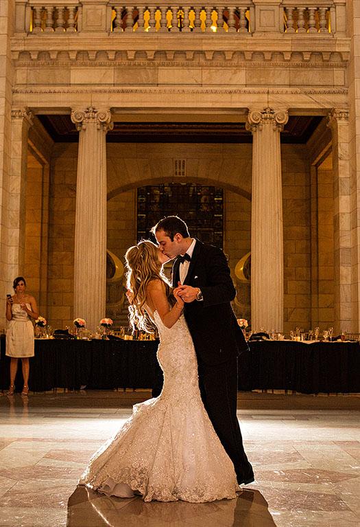 AM-Cleveland-Courthouse-Wedding-29