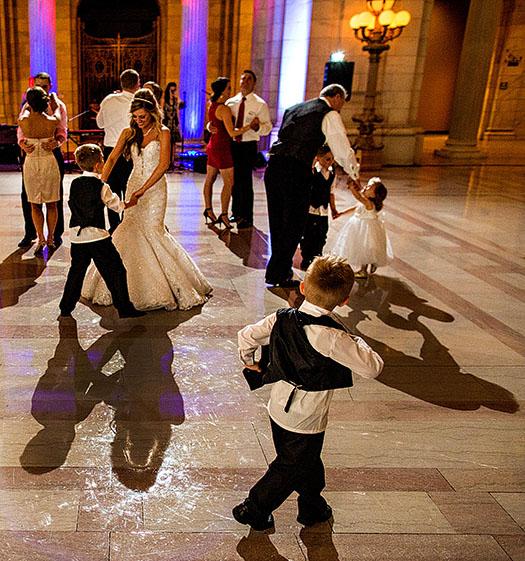 AM-Cleveland-Courthouse-Wedding-33
