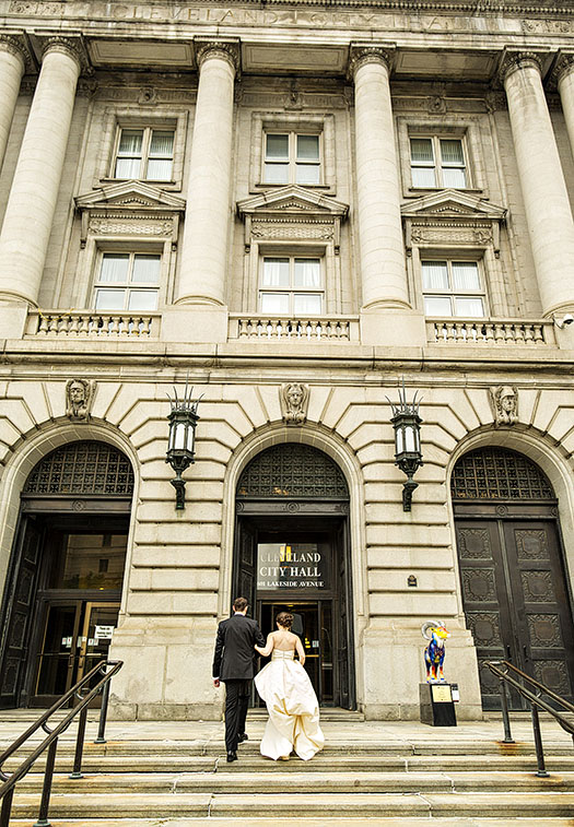 Madeline And Brett S Cleveland City Hall Wedding