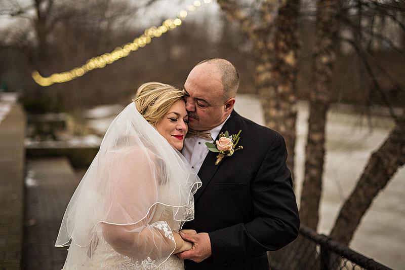 Chagrin-Falls-Wedding-cleveland-wedding-photography-scott-shaw-photography-18