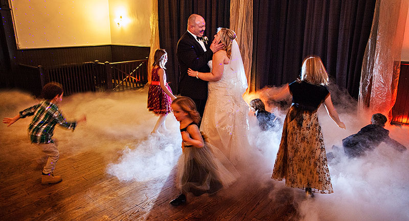 Chagrin-Falls-Wedding-cleveland-wedding-photography-scott-shaw-photography-42