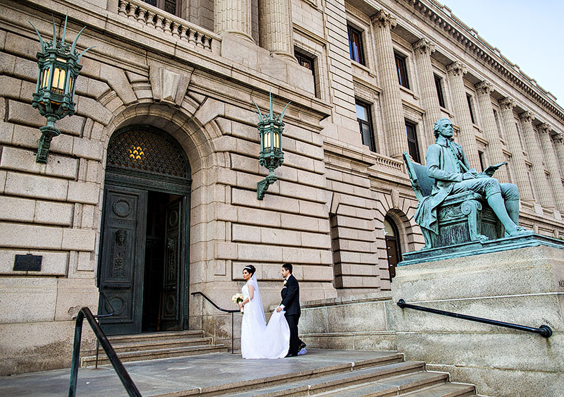 c-cuyahoga-courthouse-wedding-02