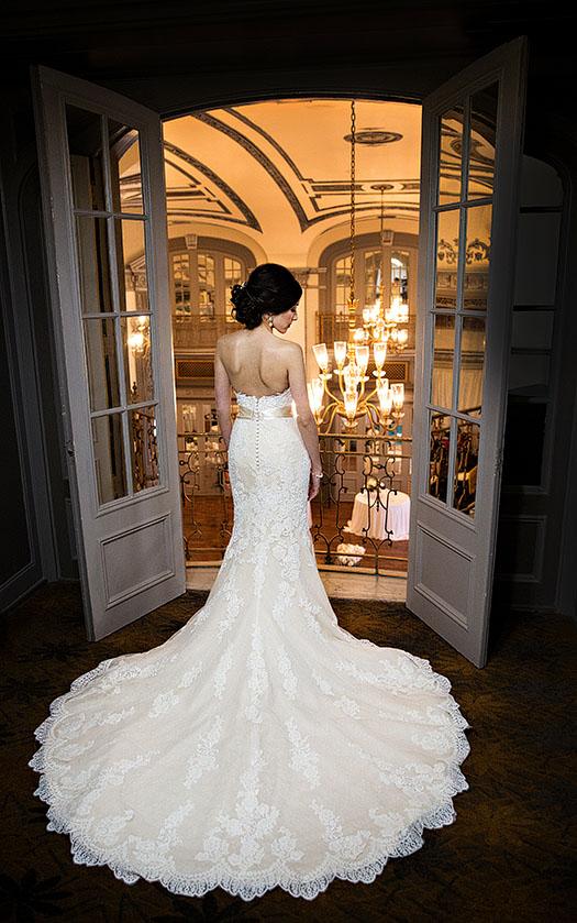Tudor-Arms-wedding-cleveland-wedding-photographer-scott-shaw-photography-18