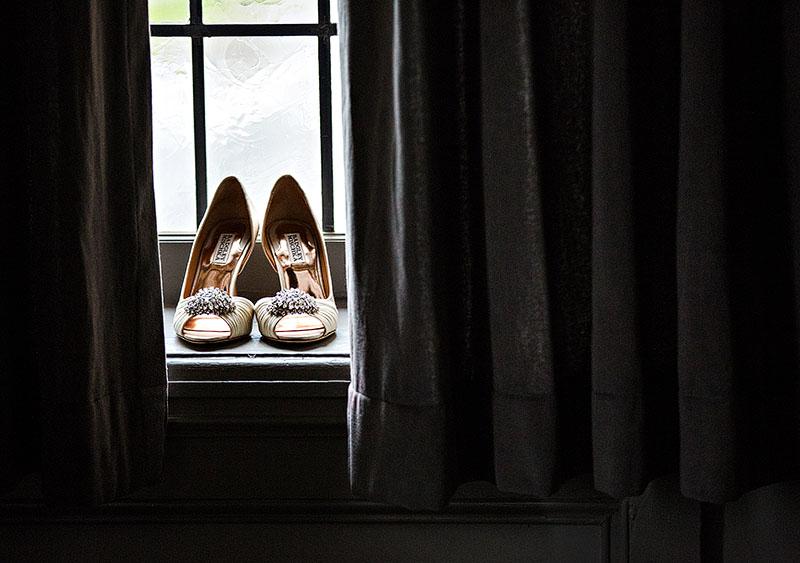 Tudor-Arms-wedding-cleveland-wedding-photographer-scott-shaw-photography-3
