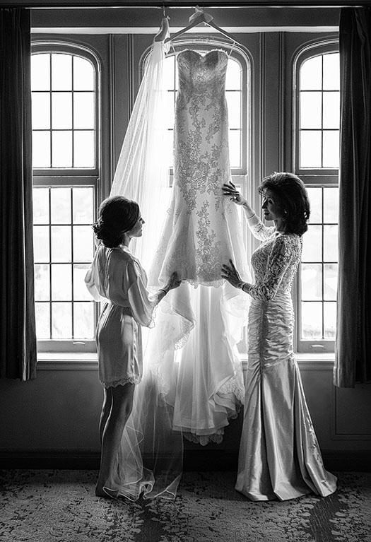 Tudor-Arms-wedding-cleveland-wedding-photographer-scott-shaw-photography-6