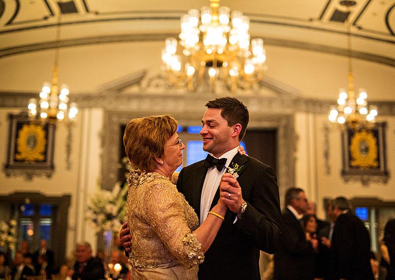 Tudor-Arms-wedding-cleveland-wedding-photographer-scott-shaw-photography-63