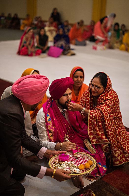 Indian-engagement-sikh-engagement-cleveland-wedding-photographer-scott-shaw-photography-27