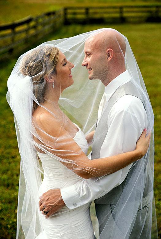 conrad-botzum-farm-wedding-11