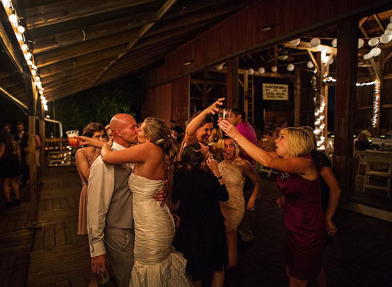 conrad-botzum-farm-wedding-21