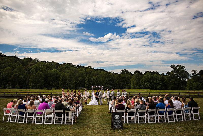 conrad-botzum-farm-wedding-8
