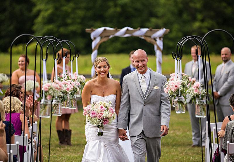 conrad-botzum-farm-wedding-9