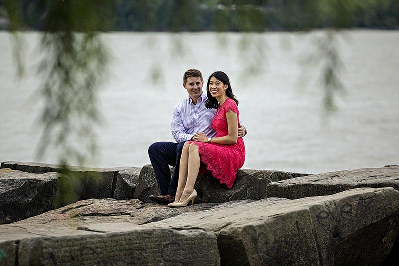 edgewater-park-engagement-cleveland-wedding-photographer-3