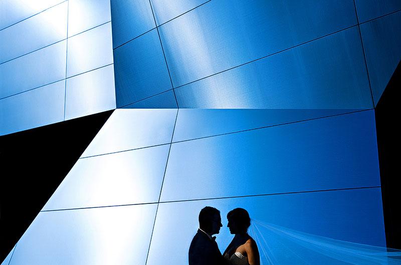 b-akron-art-museum-wedding-cleveland-wedding-photographer-2