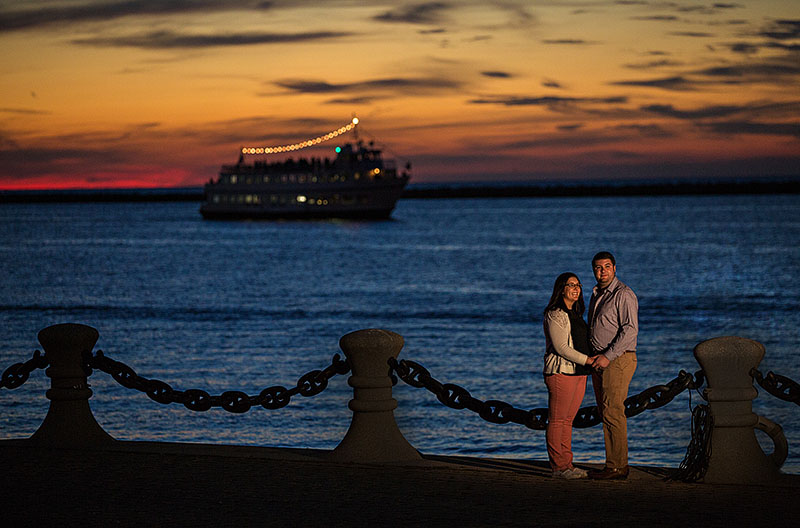 cleveland-voinovich-park-engagement-cleveland-wedding-photography-2