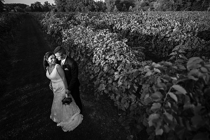gervasi-vineyard-wedding-cleveland-wedding-photography-20bw