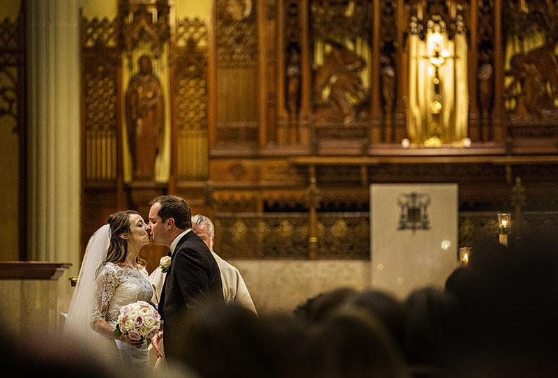 a-st.-john-evangelist-cleveland-wedding-scott-shaw-photography-4