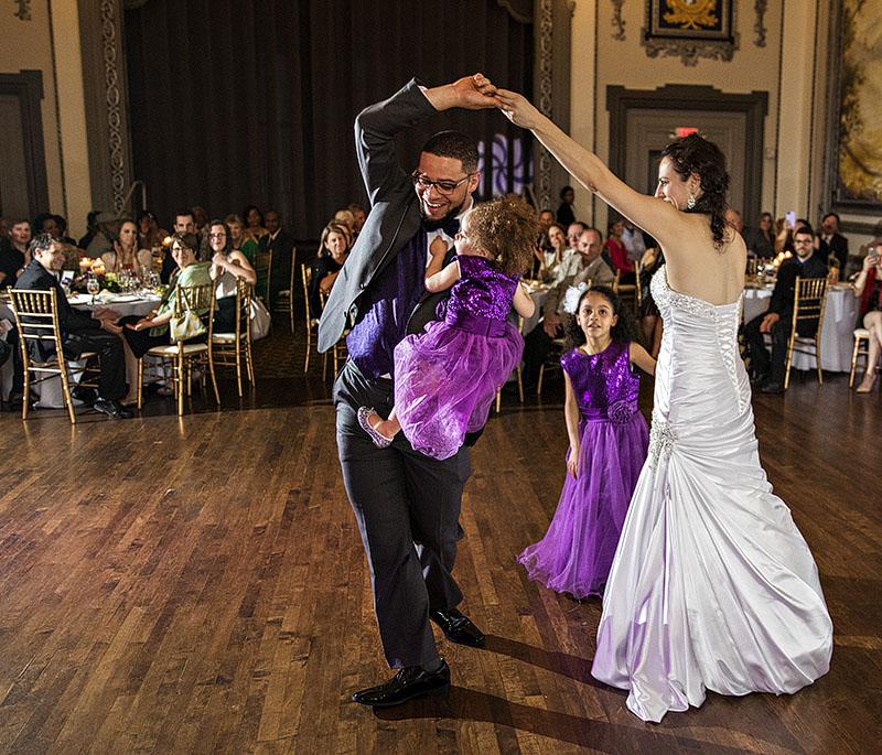 tudor-arms-wedding-cleveland-wedding-photography-scott-shaw-photography-32
