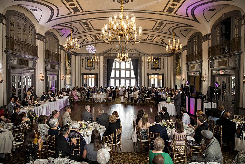 tudor-arms-wedding-cleveland-wedding-photography-scott-shaw-photography-33
