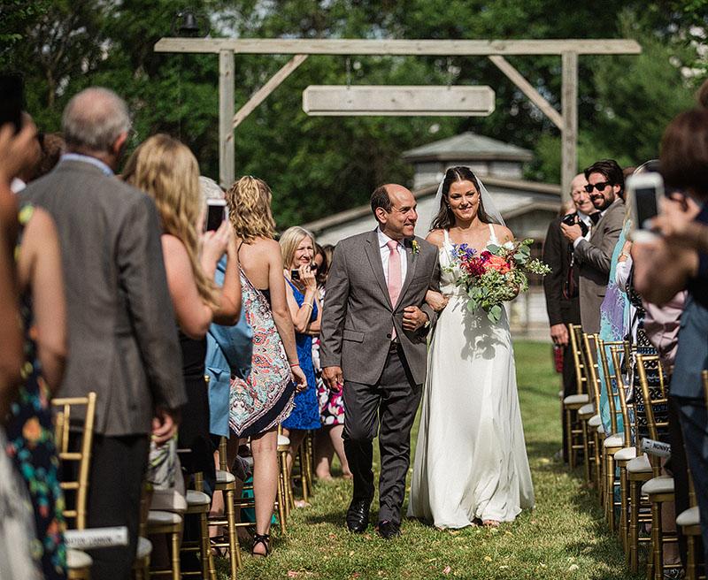 Cleveland-Farm-Wedding-Scott-Shaw-Photography-10
