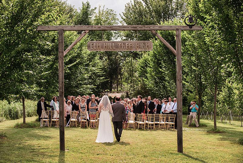 Cleveland-Farm-Wedding-Scott-Shaw-Photography-11