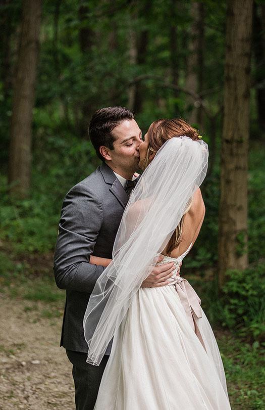 Mapleside-Farms-Wedding-Cleveland-Wedding-Photography-10