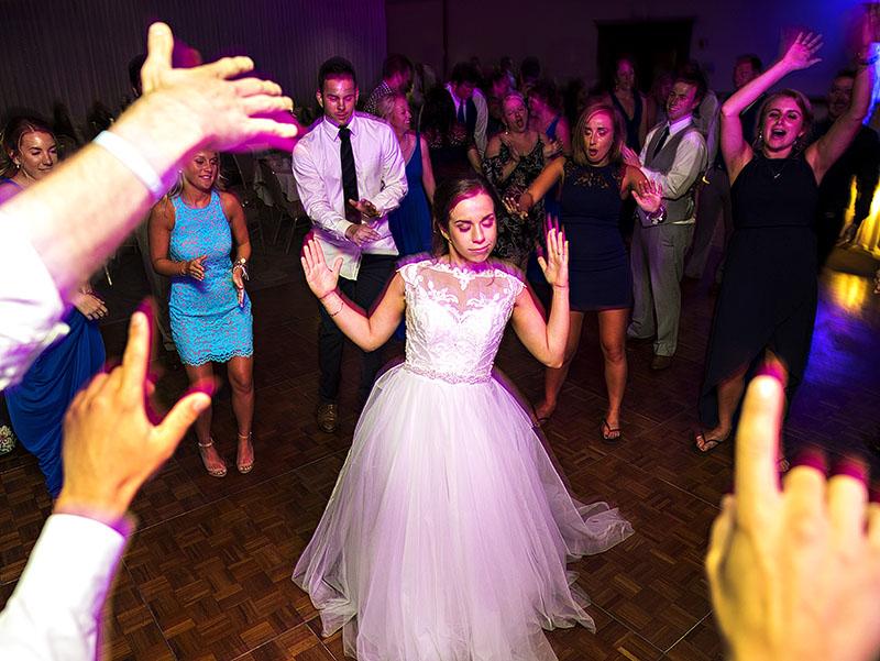 LaMalfa-Wedding-Photography-Cleveland-wedding-photographer-25