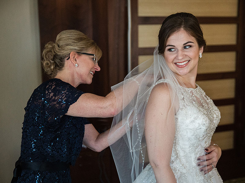 marriott-key-center-wedding-cleveland-wedding-photography4