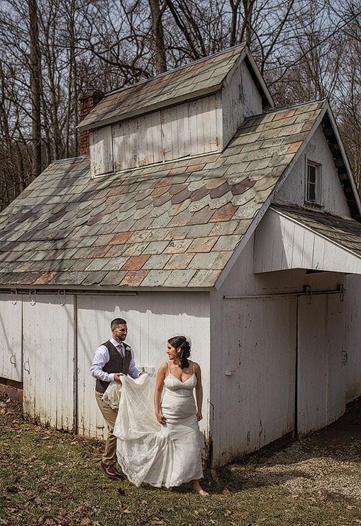 Hale-Farm-Village-Akron-Wedding-Photography-12