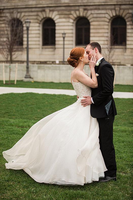 Cleveland-Courthouse-Wedding-Scott-Shaw-Photography-10