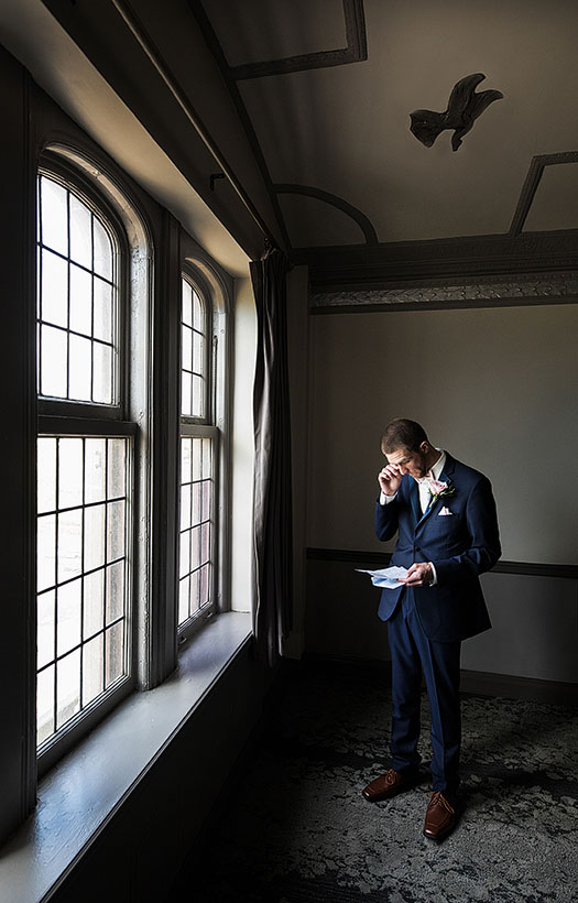 Tudor-Arms-Hotel-Doubletree-Wedding-Cleveland-wedding-photography-18