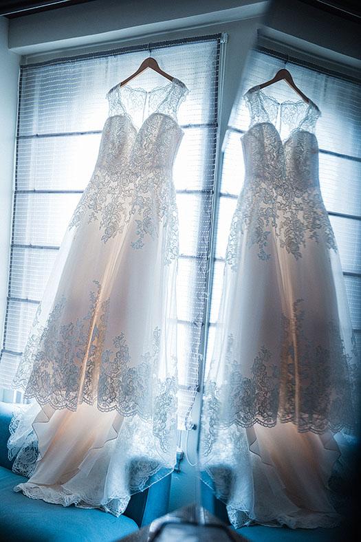 Tudor-Arms-Hotel-Doubletree-Wedding-Cleveland-wedding-photography-1b