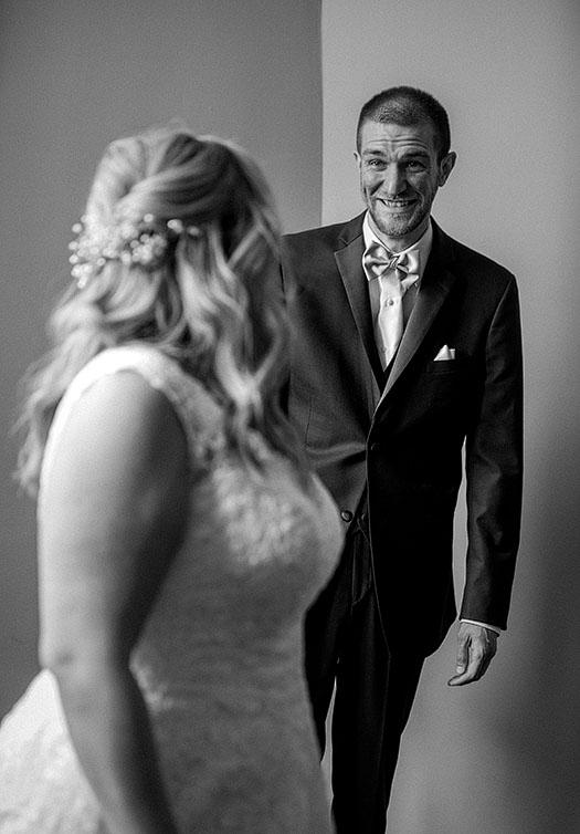Tudor-Arms-Hotel-Doubletree-Wedding-Cleveland-wedding-photography-6