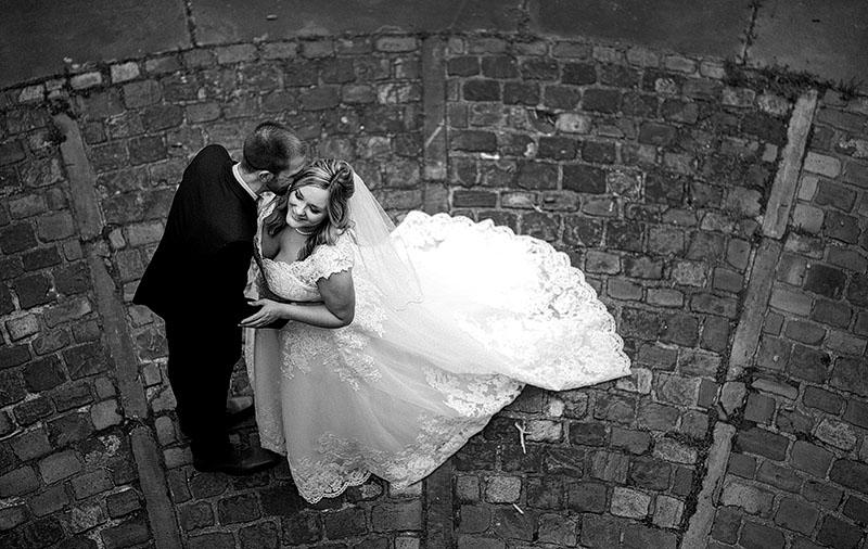 Tudor-Arms-Hotel-Doubletree-Wedding-Cleveland-wedding-photography-9
